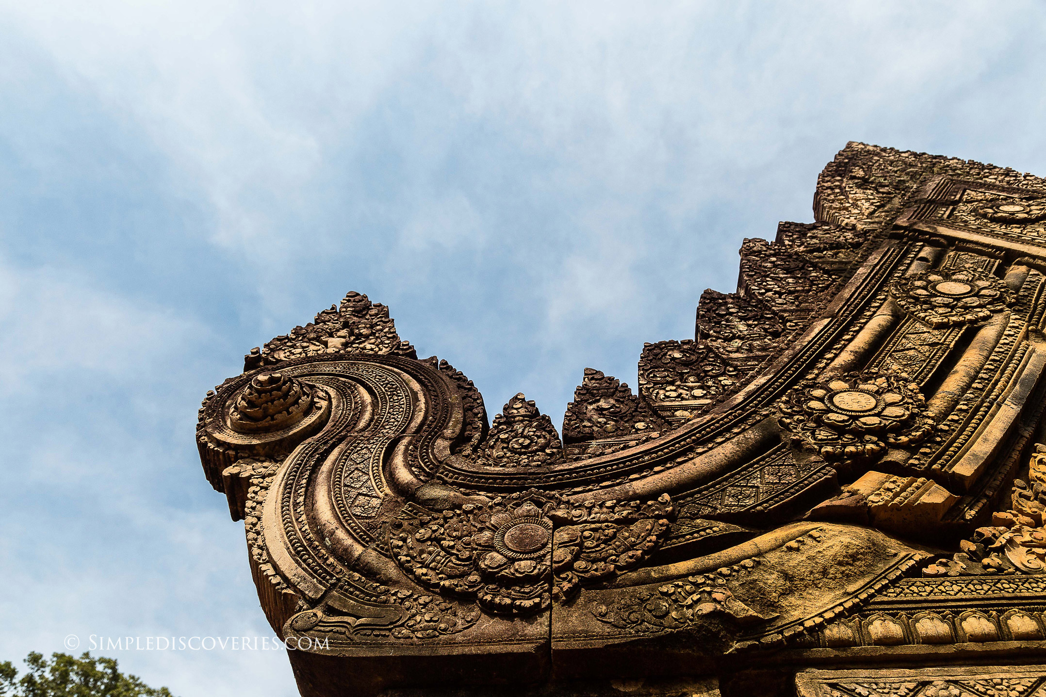 cambodia_temple_roof_details
