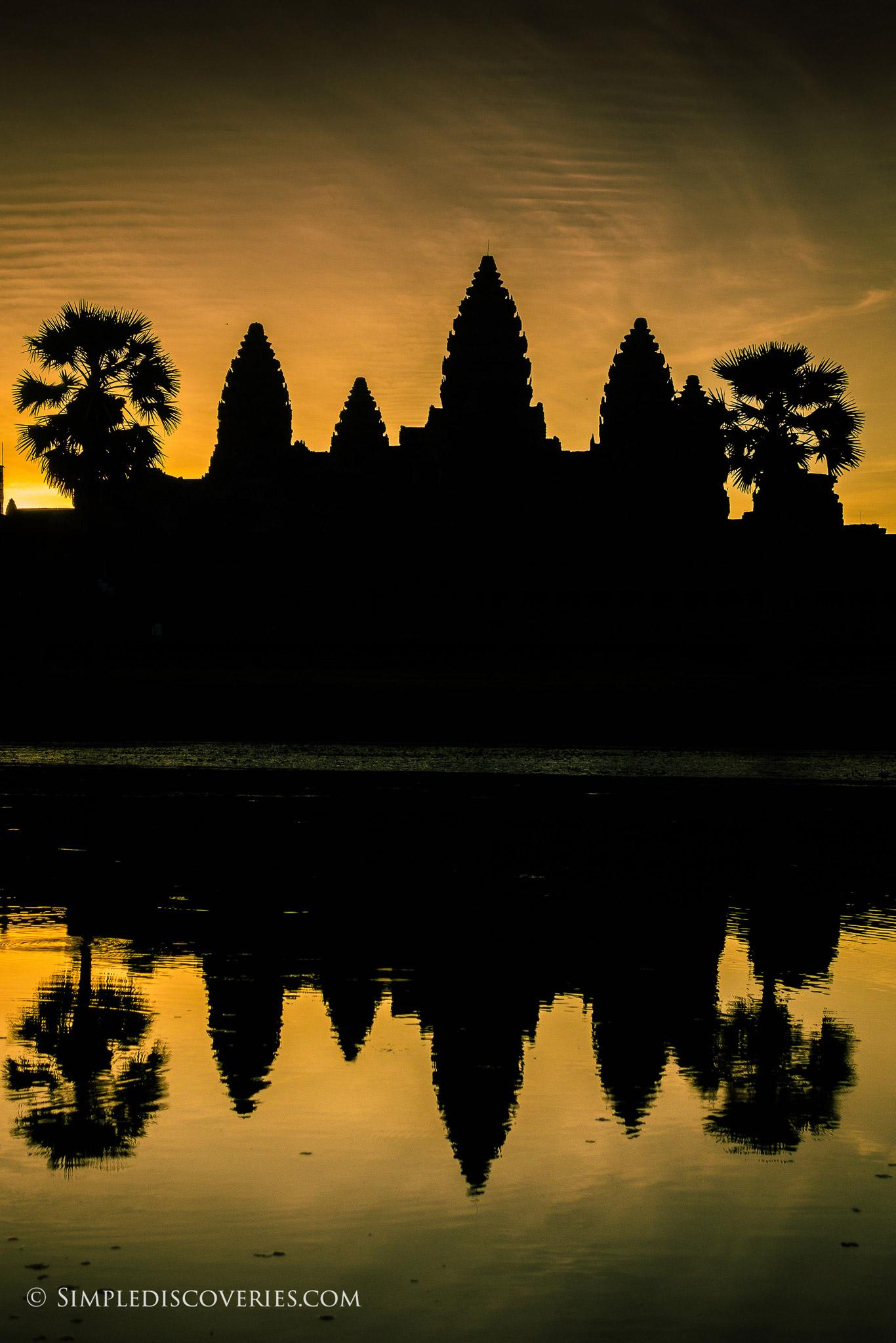 cambodia_sunrise_angkor_wat