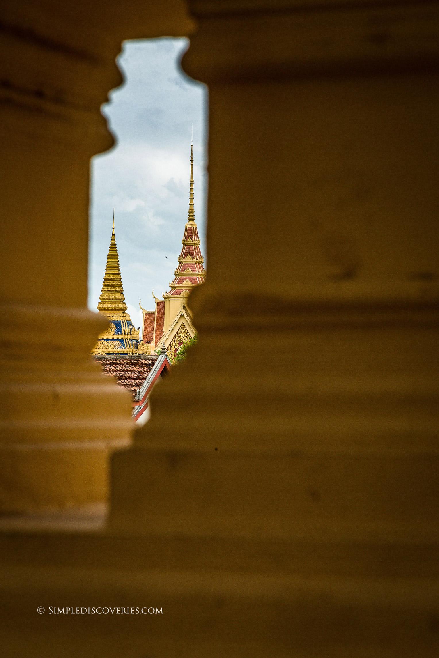 cambodia_royal_palace_spires