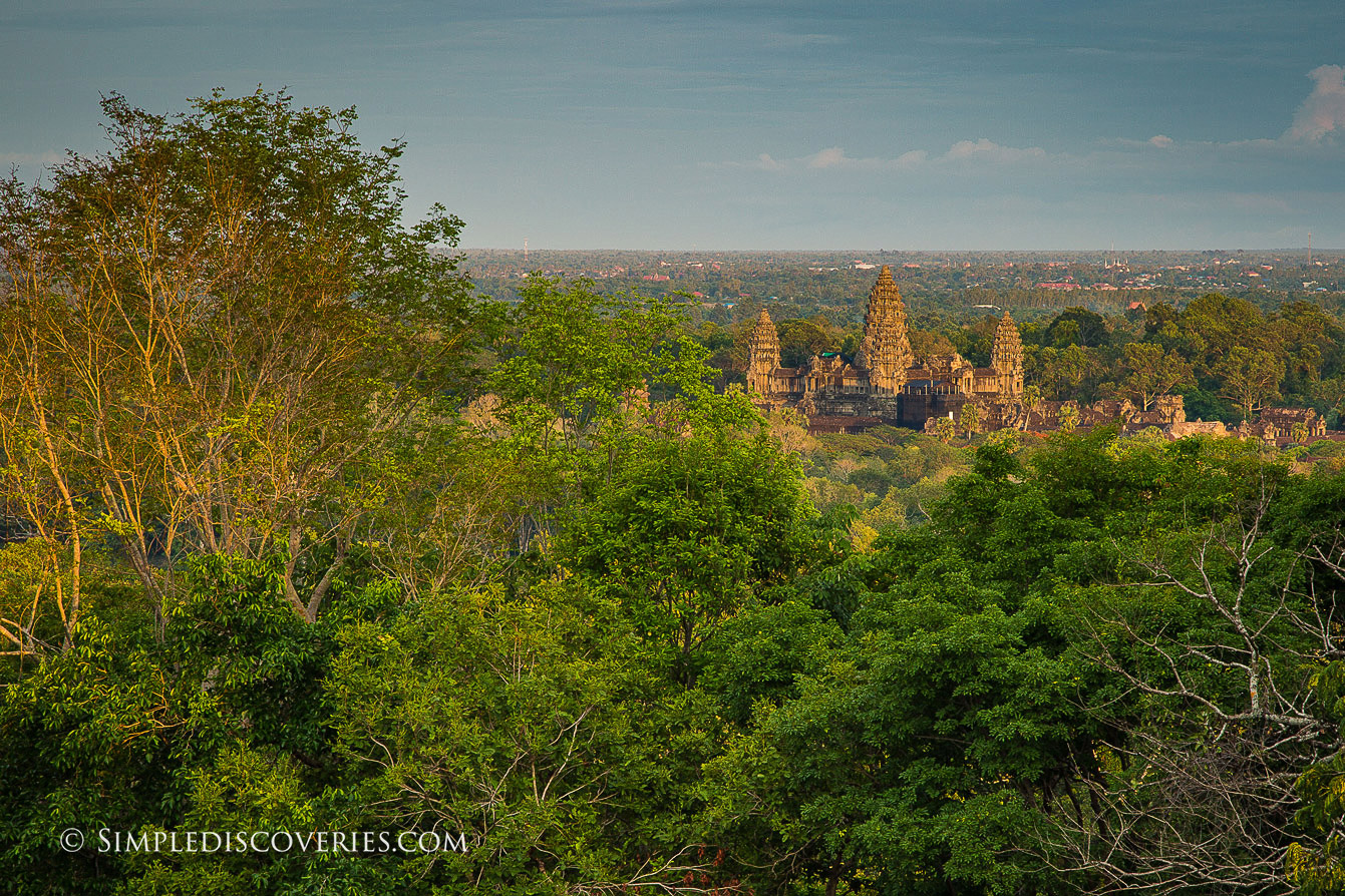 cambodia_angkor_wat_from_phnom_bakheng