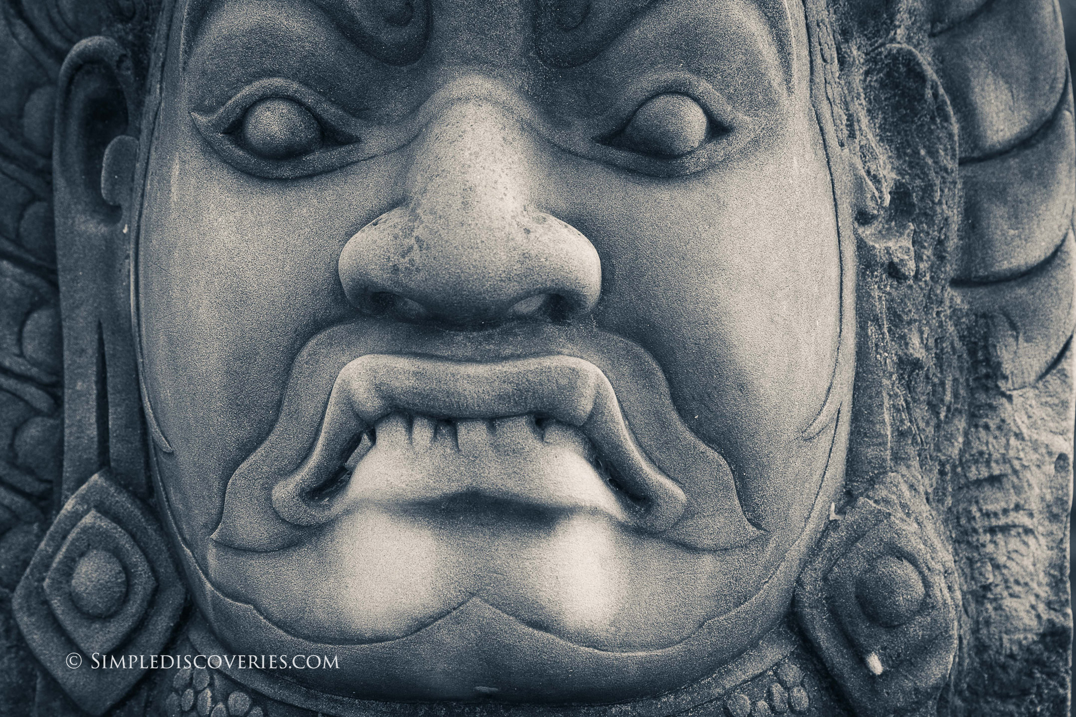 angkor_thom_face_cambodia