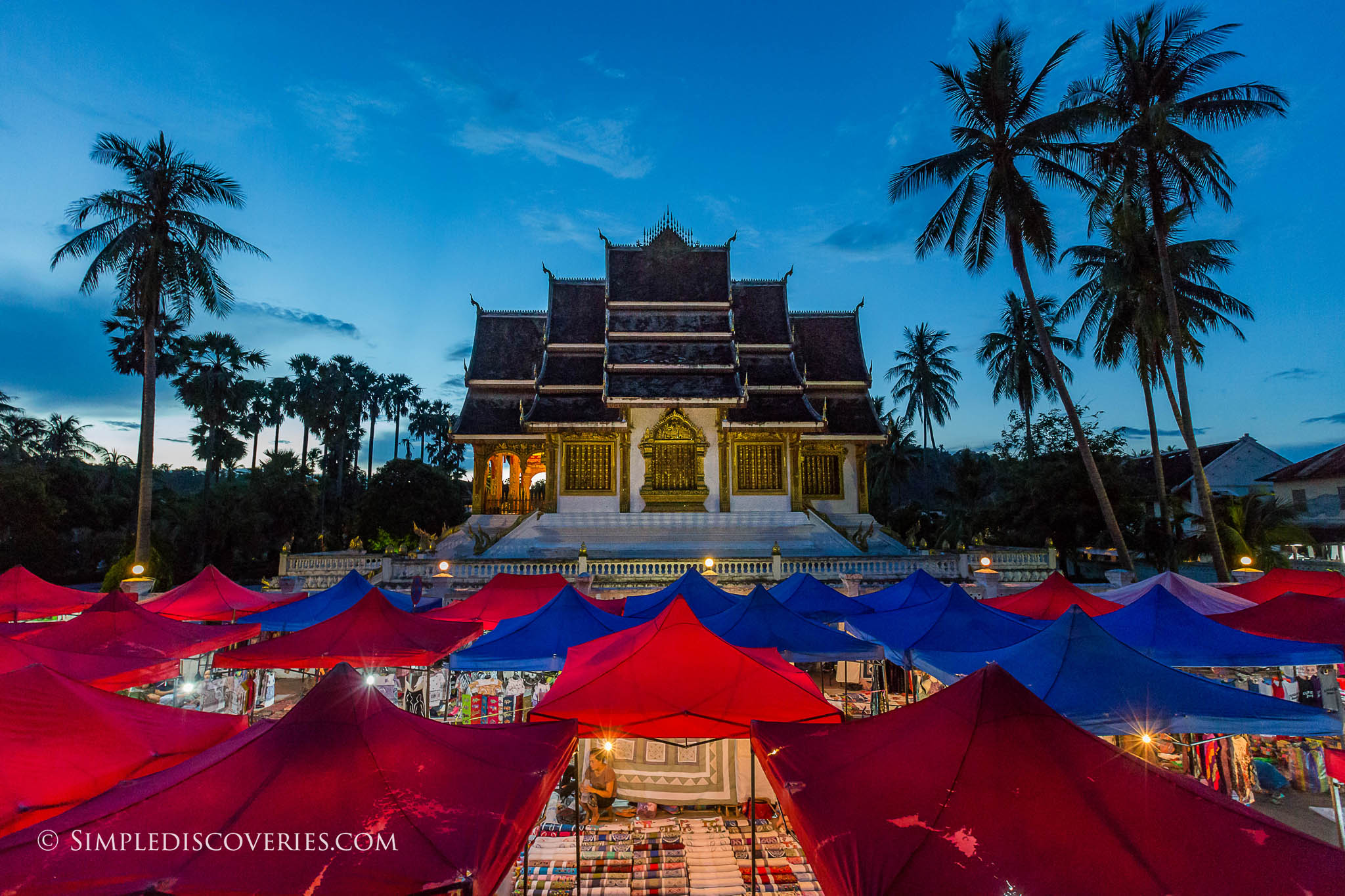 luang_prabang_night_market_laos