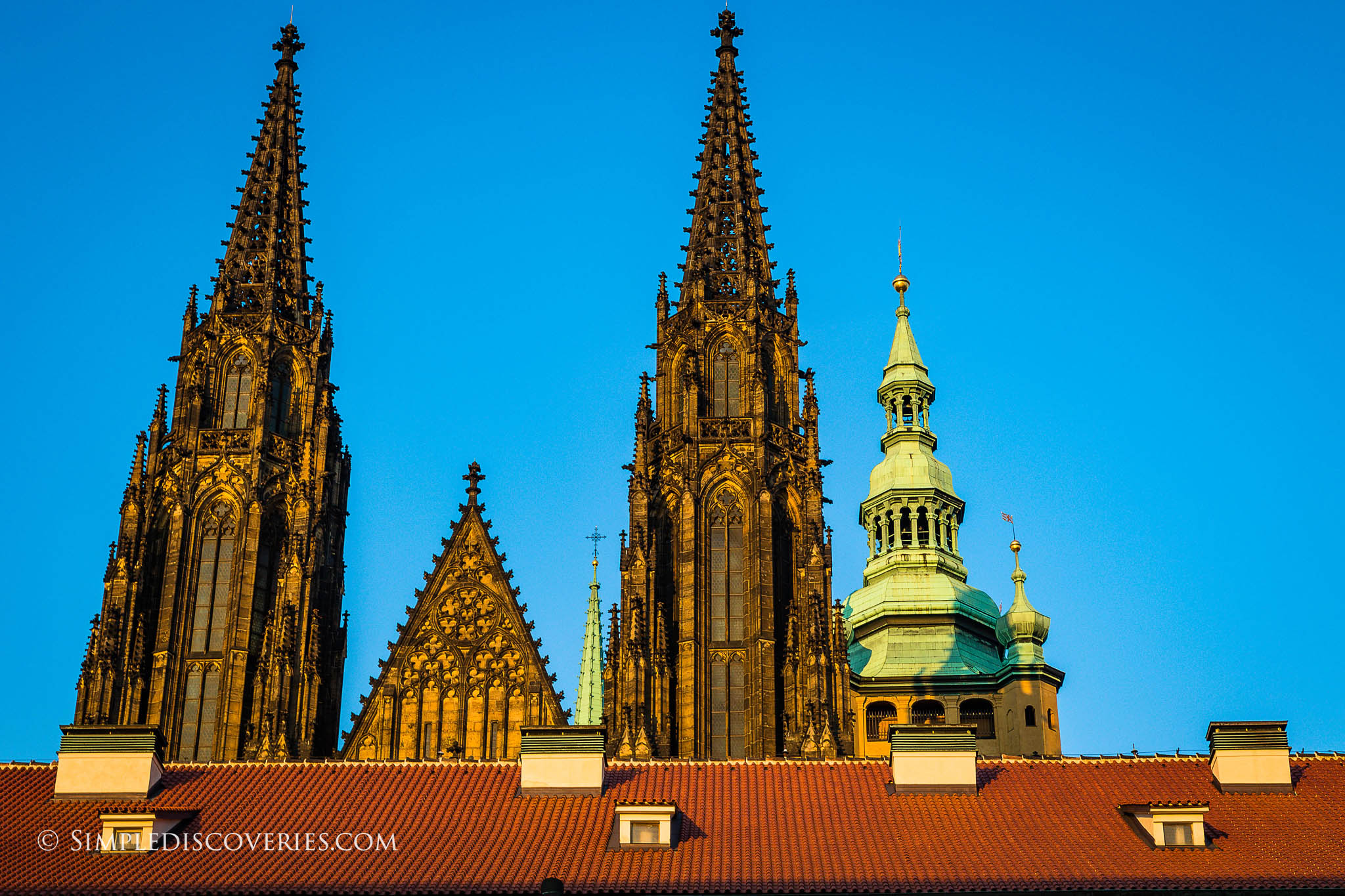 st_vitus_cathedral_spires_prague
