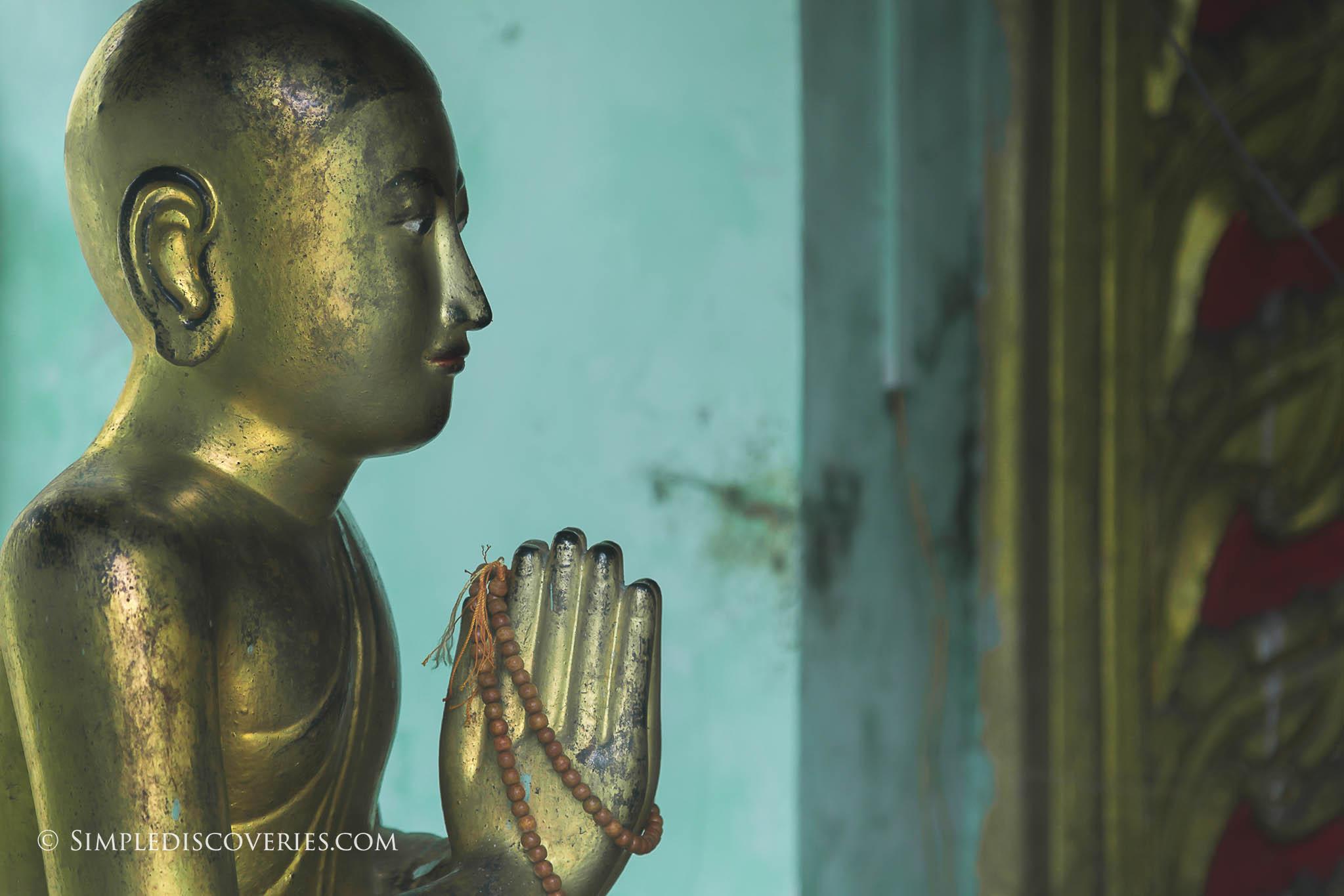 sule_pagoda_statue_myanmar