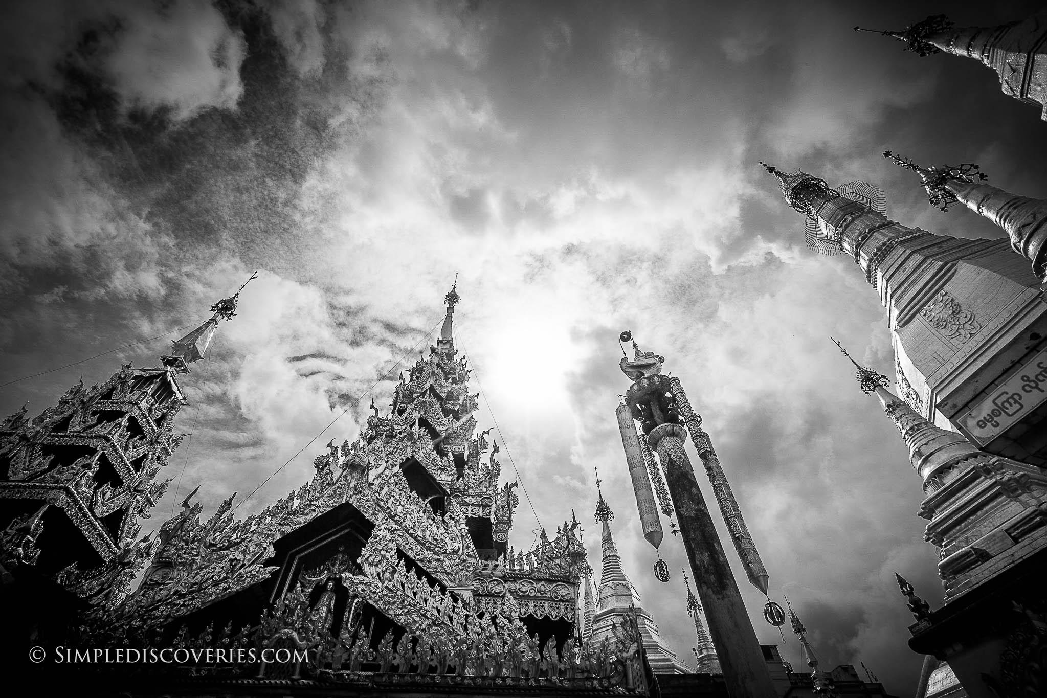 sule_pagoda_spires_yangon