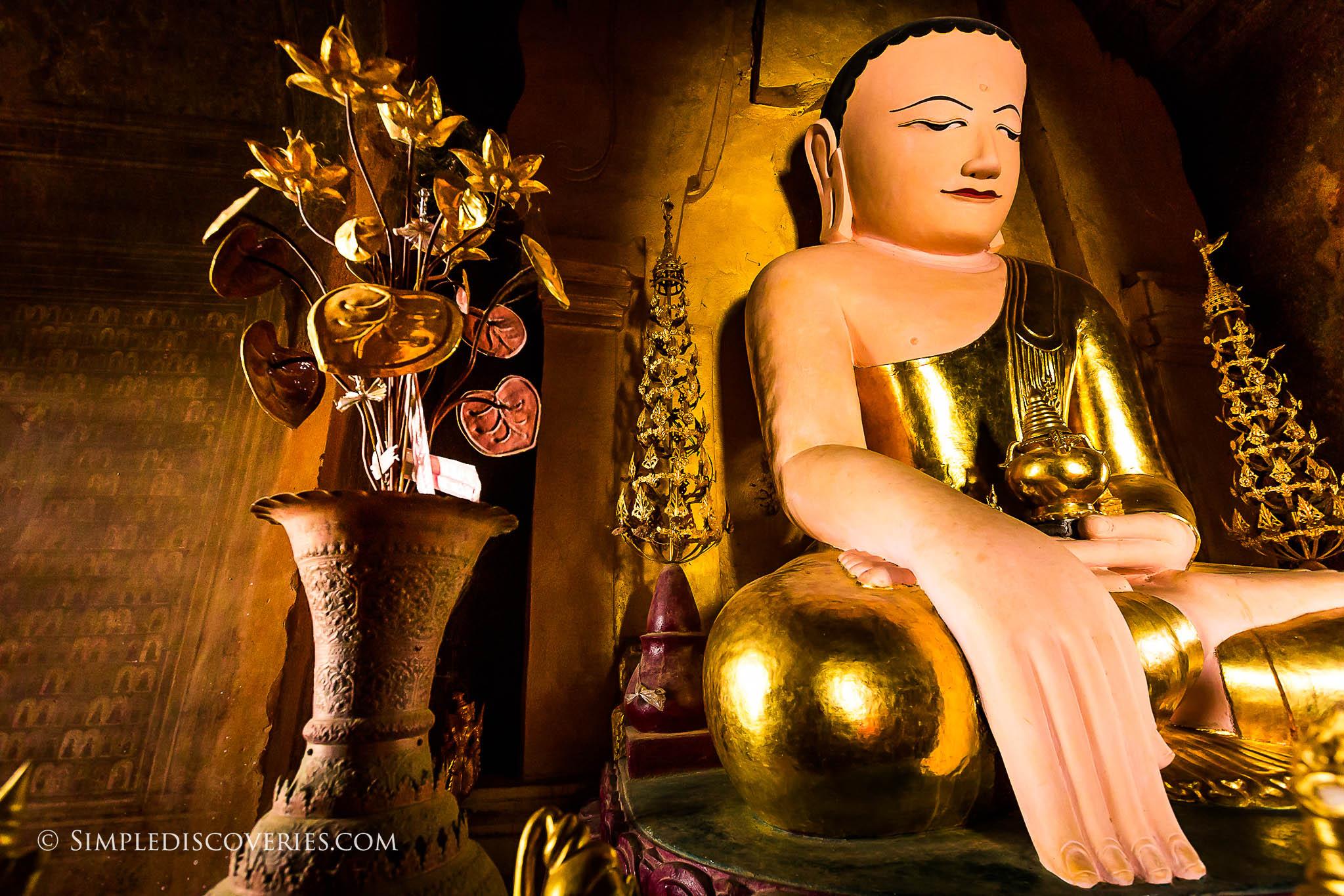 buddha_iza_gawna_pagoda_myanmar