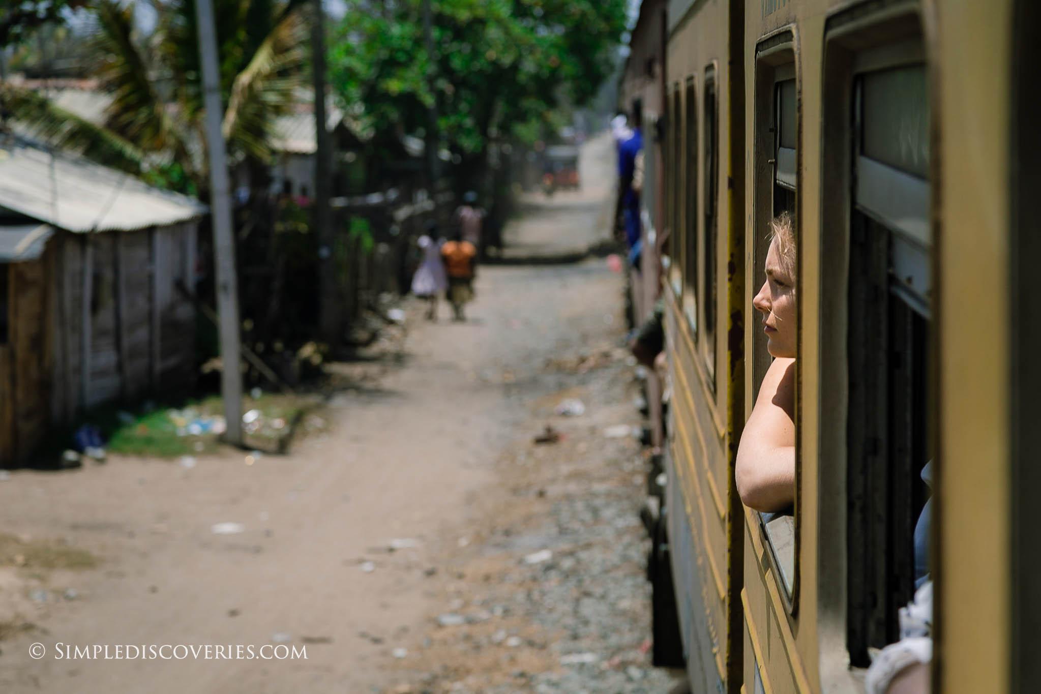 train_riding_in_srilanka