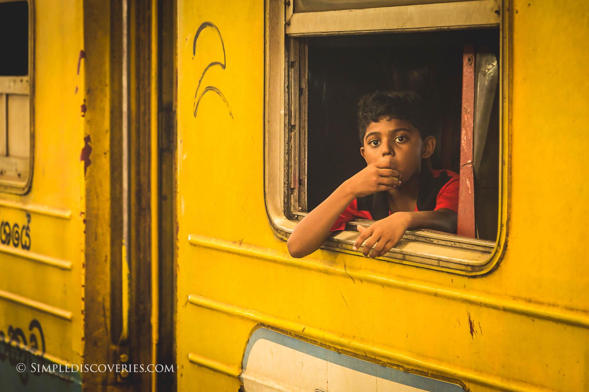 srilanka_train_child