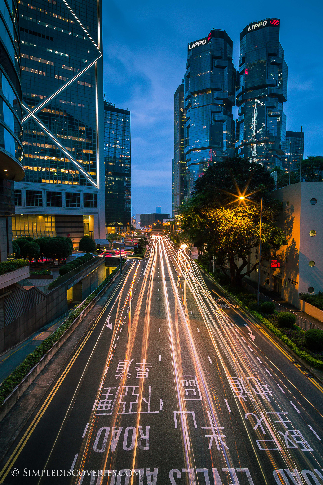 hong_kong_night_traffic