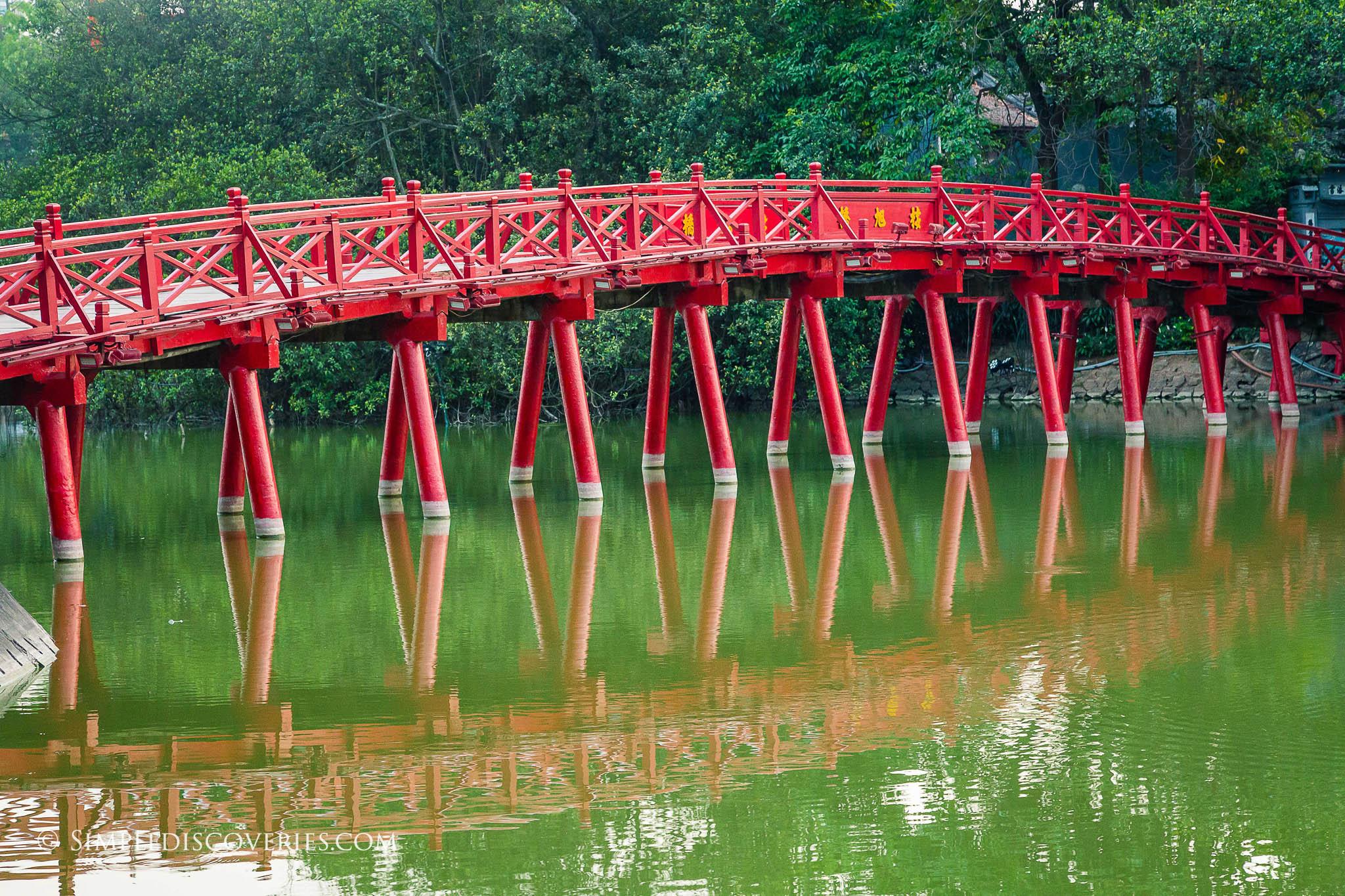 vietnam_hun_bridge_hanoi