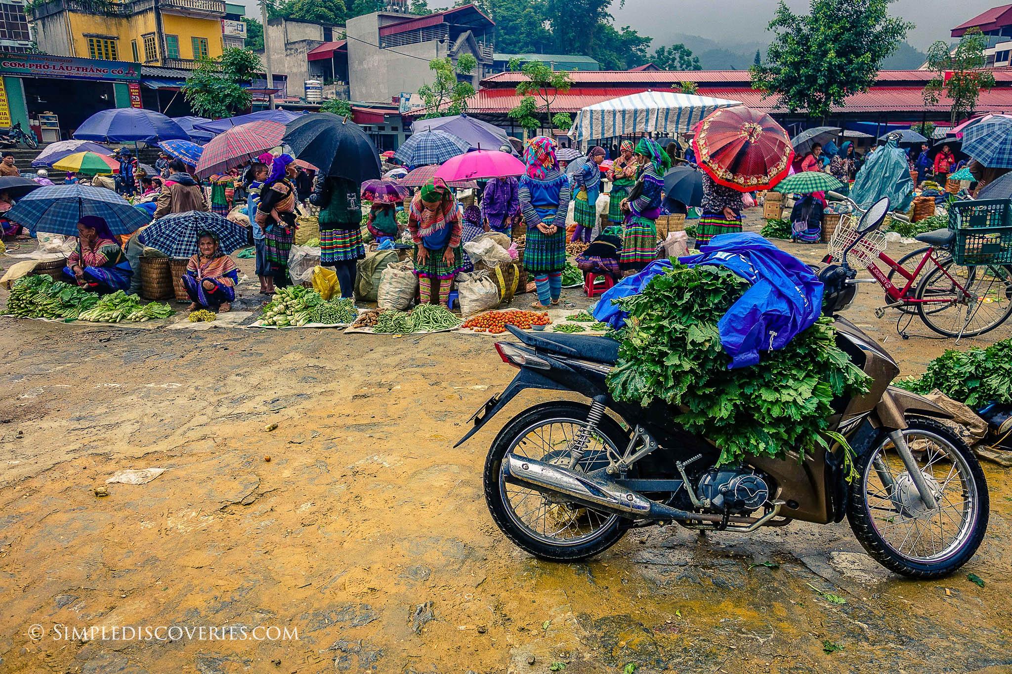 vietnam_bac_ha_market