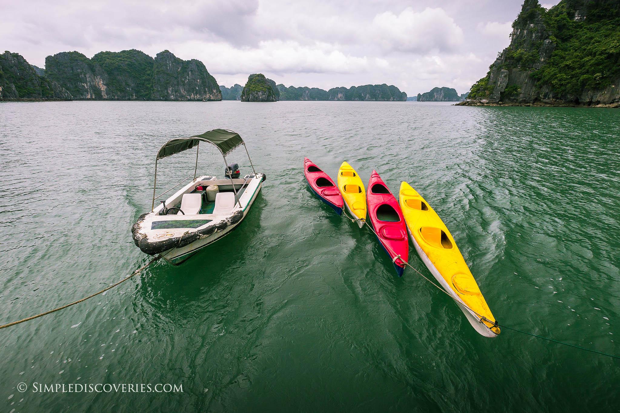 halong_bay_kayaks_vietnam