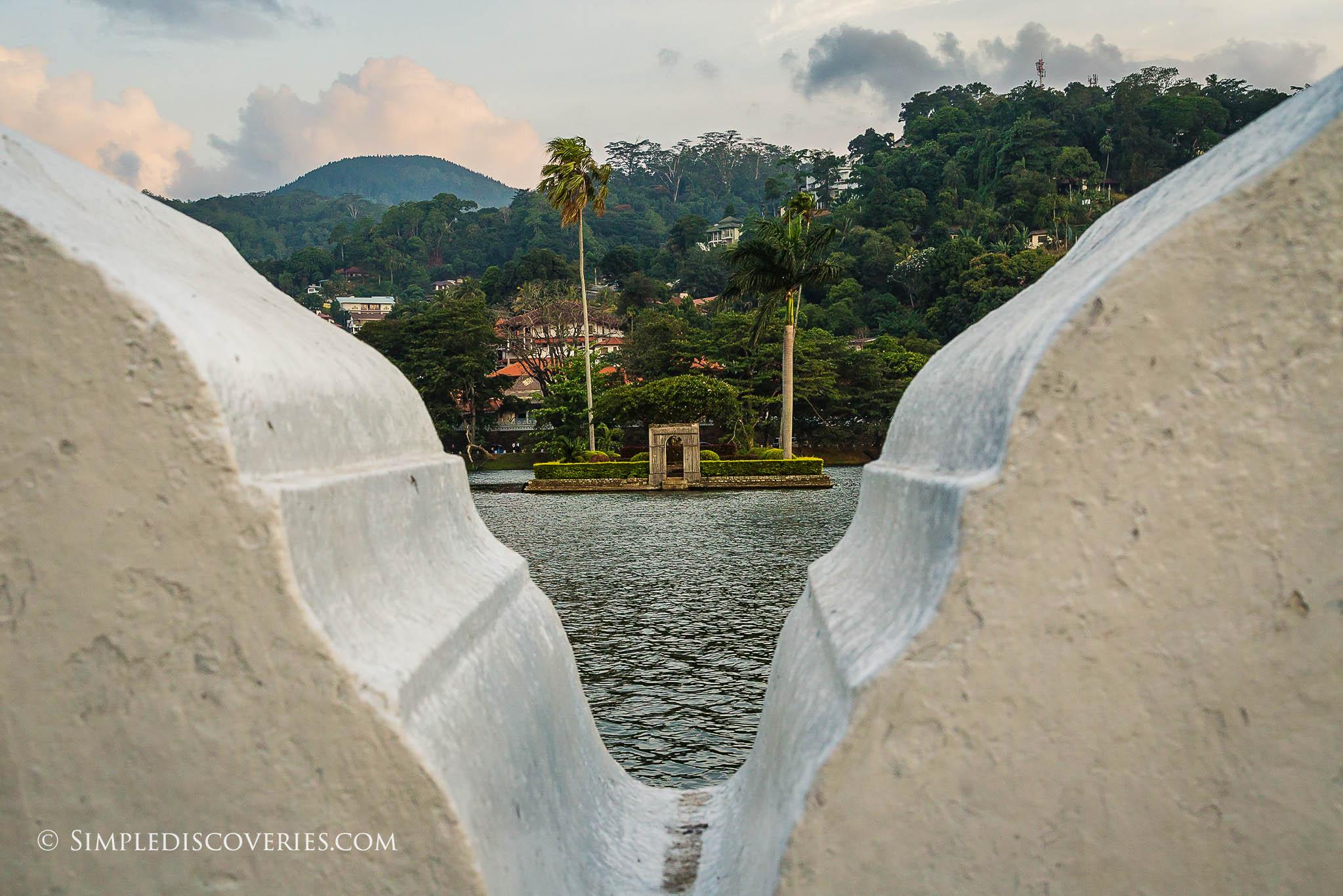 kandy_srilanka_lake