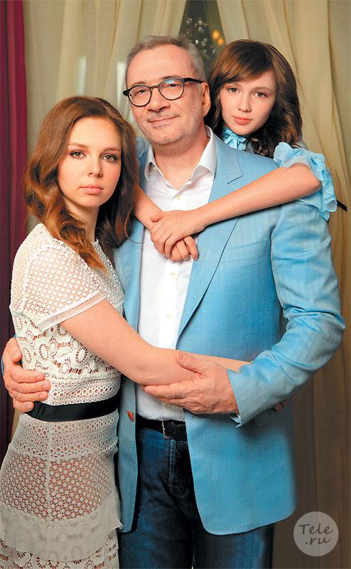 90 лучших фото Игоря Николаева и его жен Юлии Проскуряковой и Наташи Королевой, первой жены