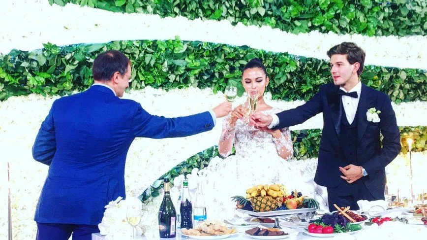 Свадьба дочери Михаила Турецкого затмила свадьбу внука Пугачевой