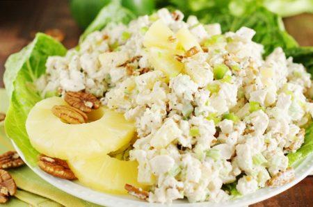 Рецепты салатов с куриной грудкой и ананасами