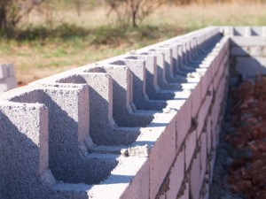 L-Block foundation wall