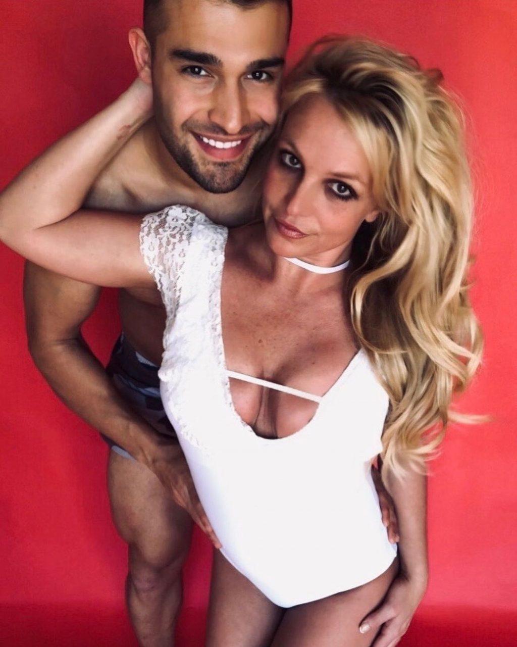 Britney spears flash photo
