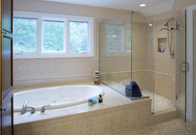 Awesome Small Bathroom Designs With Separate Shower And Tub - Small bathroom layouts with tub and shower