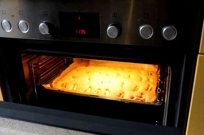 Печь пирог при какой температуре