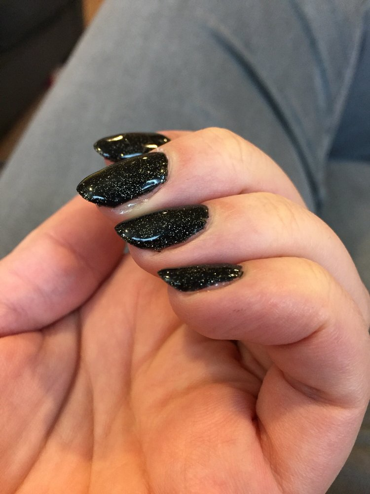 Nails by t