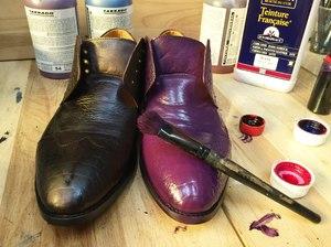 Чем красить кожаную обувь