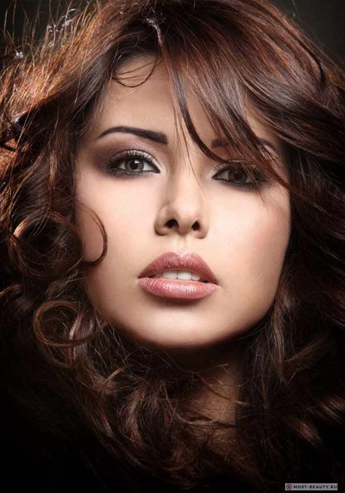 Очень красивые певицы: Amani El Swissi