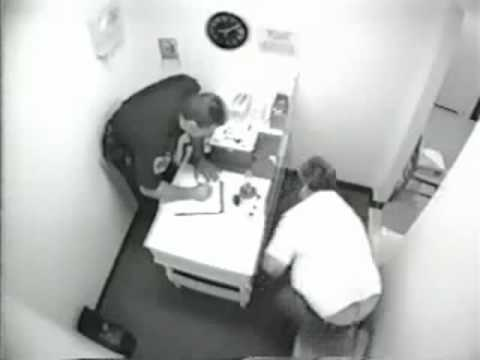 Seattle DUI Attorney Shows Funny Drunk in Fingerprinting