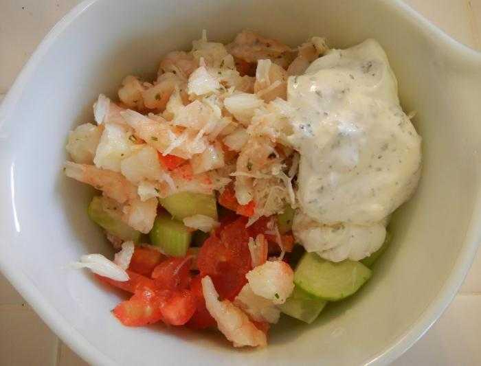 Жареные крабовые палочки салат