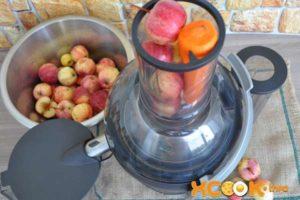Как выжать сок из яблок без соковыжималки