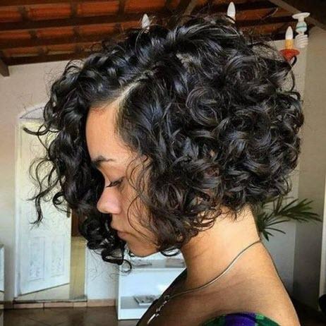 Каре-боб на волнистые волосы