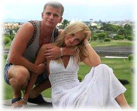 Анна назарова и роман курцын и их ребенок фото