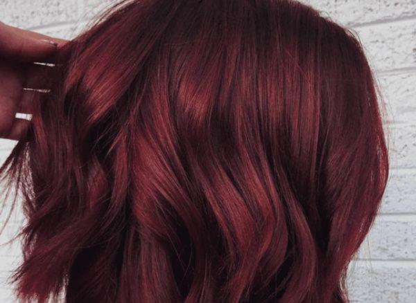 Гранатово красный цвет волос