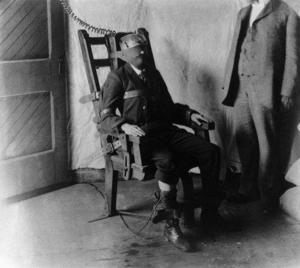 Первые испытания электрического стула на заключенном приговоренному к смерти. США, 1956 год. история, смотреть, фото