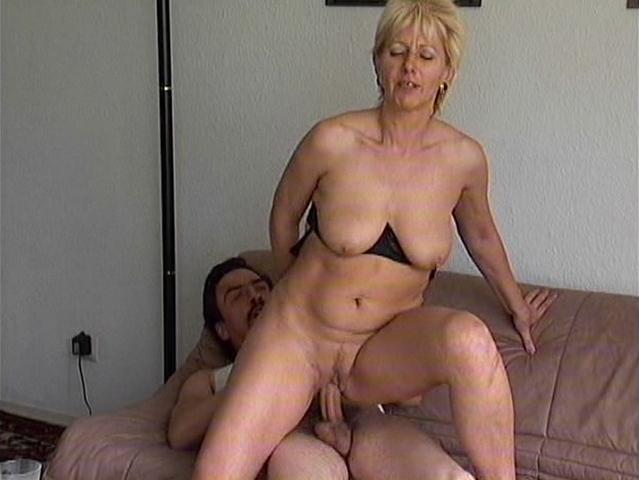 Порно зрелых баб онлайн