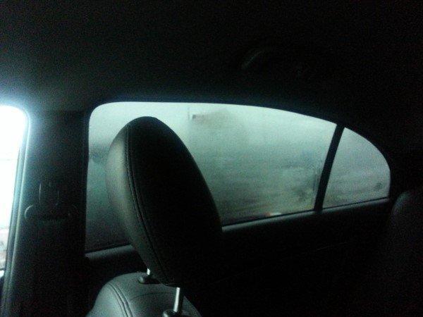 Потеют стекла в машине при дожде