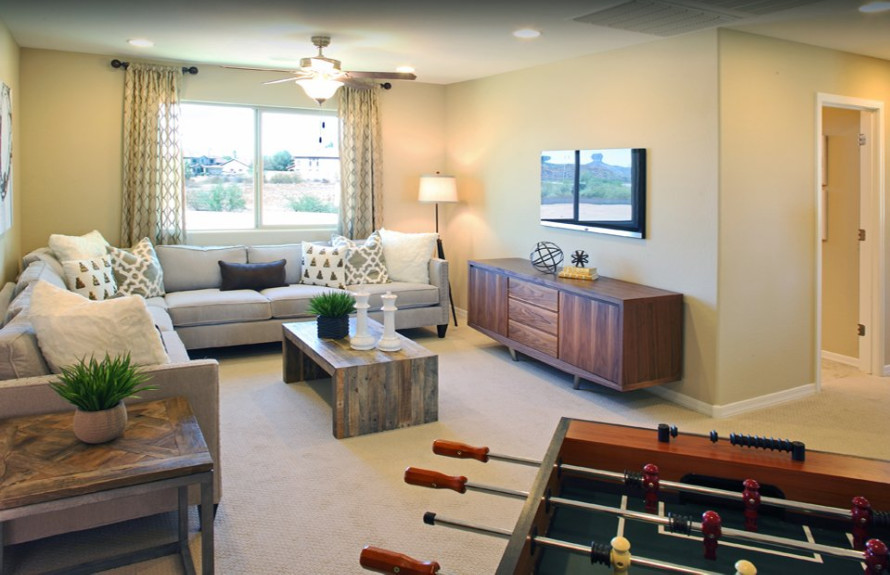 Yucca Plan: Spacious loft to kick back and relax