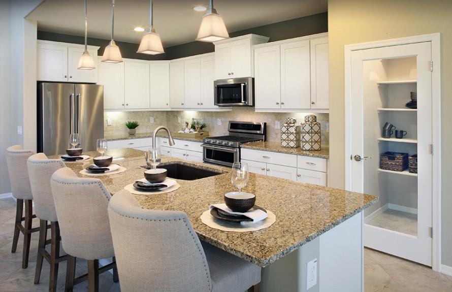 Yucca Plan: Spacious and elegant kitchen
