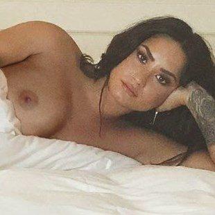 Kaya Scodelario Nude Selfies Released