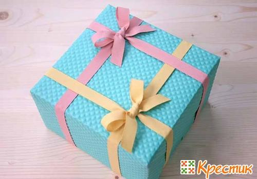Как украсить коробку
