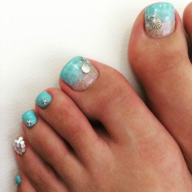 Beach designs for toenails