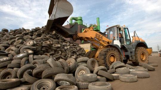 Переработка автомобильных покрышек: на заводе по переработке