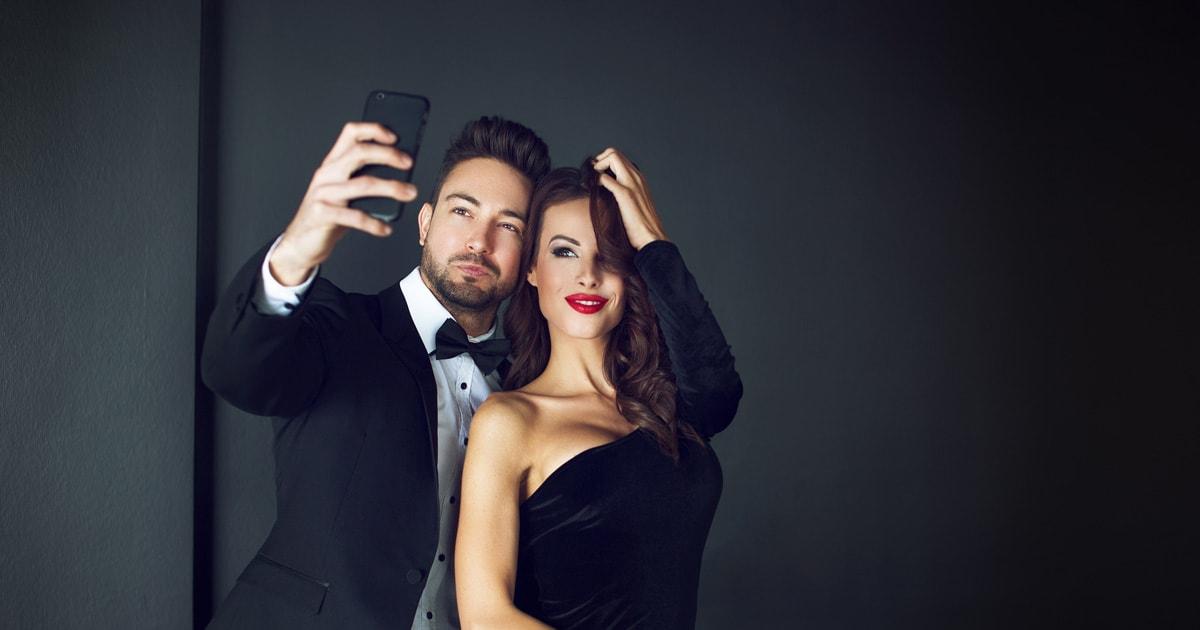 Celebrities dating