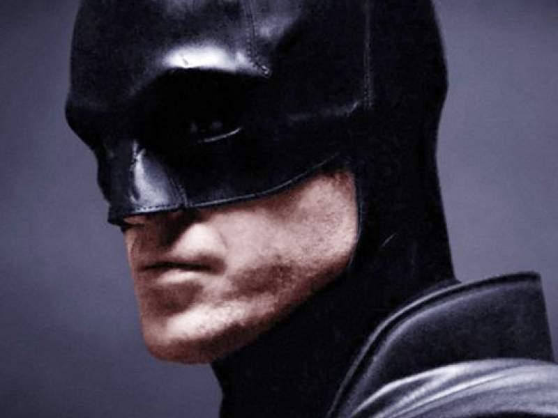 Новости дня: Роберт Паттинсон примерил костюм Бэтмена: опубликовано видео