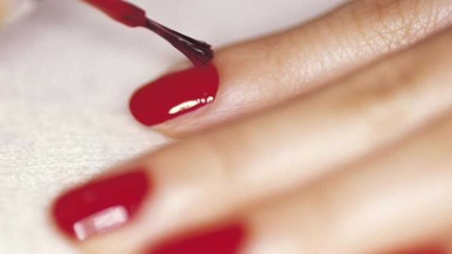 How long does shellac last on real nails