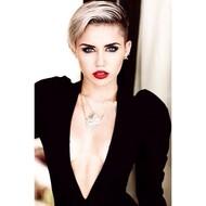 Голая актриса, певица Miley Cyrus фото, эротика, картинки - фотосессия из мужского журнала GQ на Xuk.ru! Фото 16