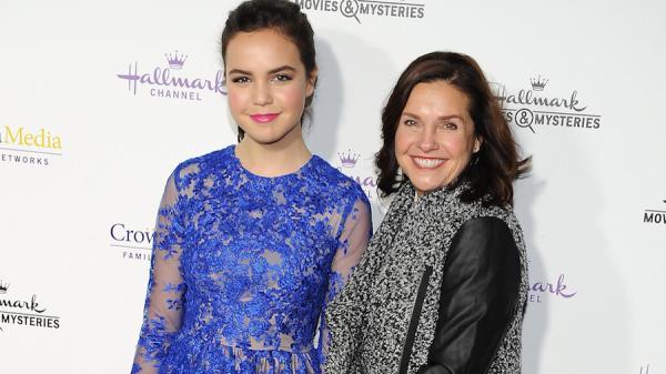 На фото: Бэйли Мэдисон с мамой