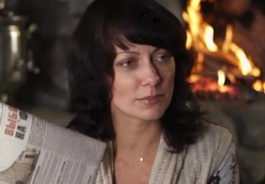 На фото: первая жена актера Марианна Коробейникова