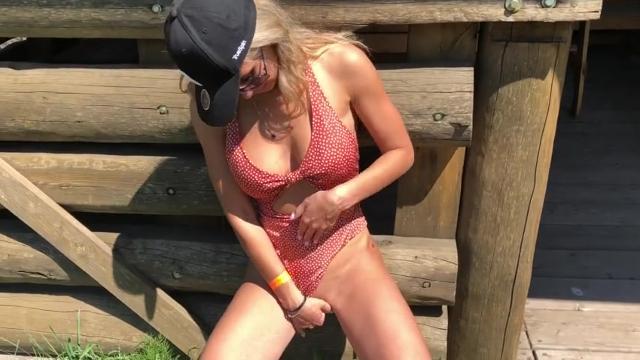 Порно кончающие девушки оргазм