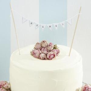 Vintage Lace Mr and Mrs Wedding Cake Bunting White